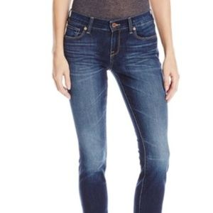 NWT 14 / 32 Lucky Brand Sofia Straight Jeans